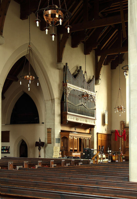All Saints, Goodmayes - Organ