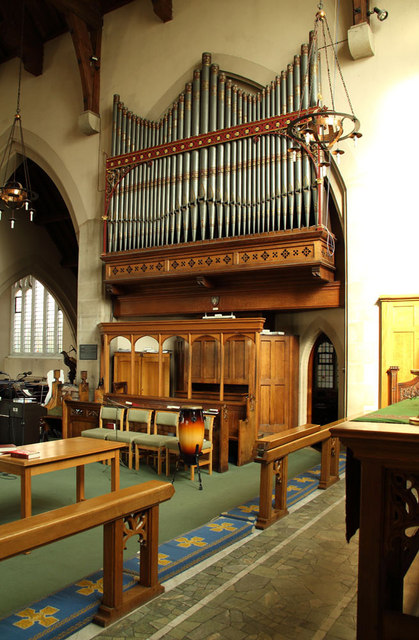 All Saints, Goodmayes - Organ