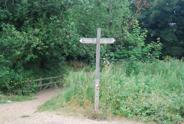 Signpost, Whitlingham Country Park