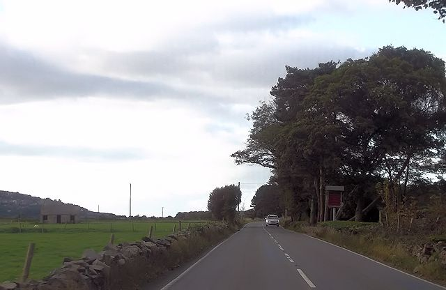 Entrance to Gwrach Ynys from A496