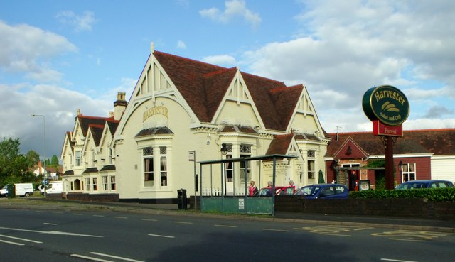Harvester pub, Lickey End