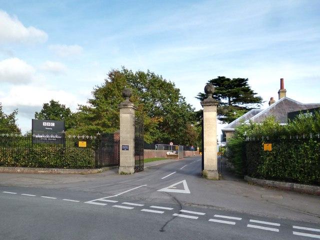 Entrance to Caversham Park