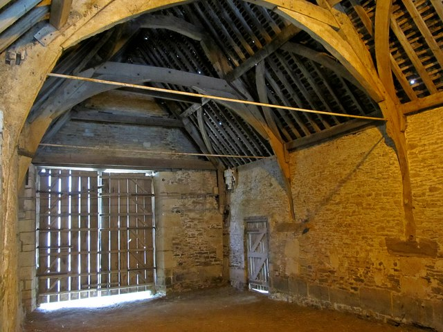 Lacock-Tithe Barn
