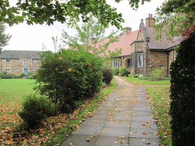 Mackintosh Homes  - Skircoat Moor Road