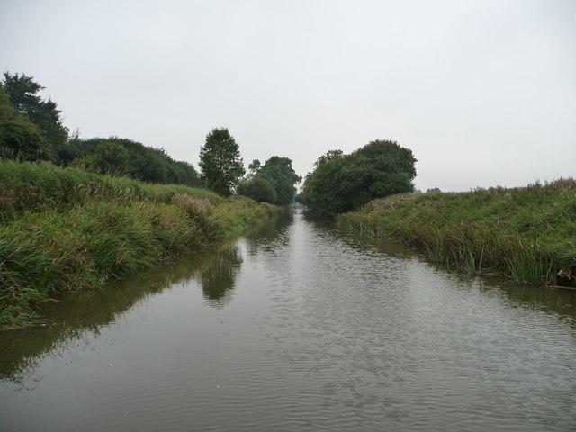 Kennet & Avon canal near Ram Alley copse