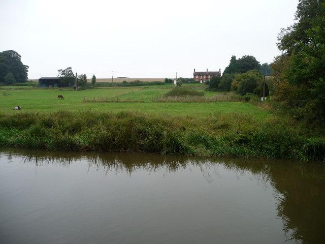 Semi-detached houses east of Brimslade Farm