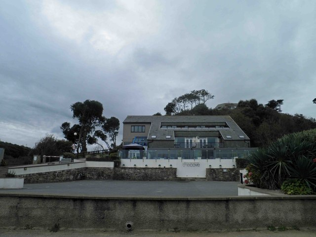 The Cove bar and restaurant Maenporth