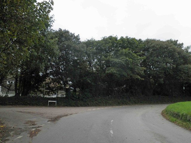 Old Church Road junction, Meudon