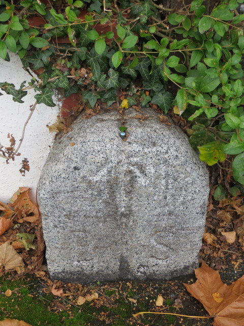 Boundary stone with rivet bench mark in Earlsway