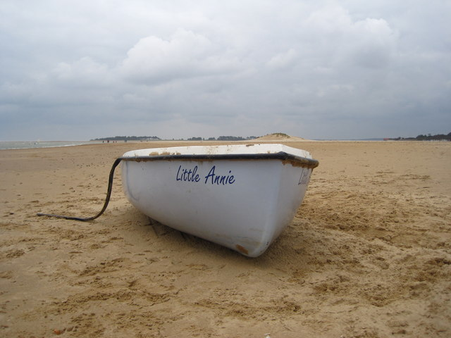 Abandoned boat on West Sands