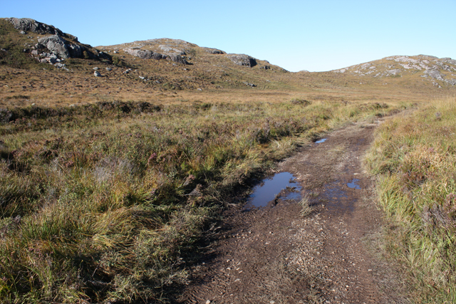 Track east of Creag an Fhithich