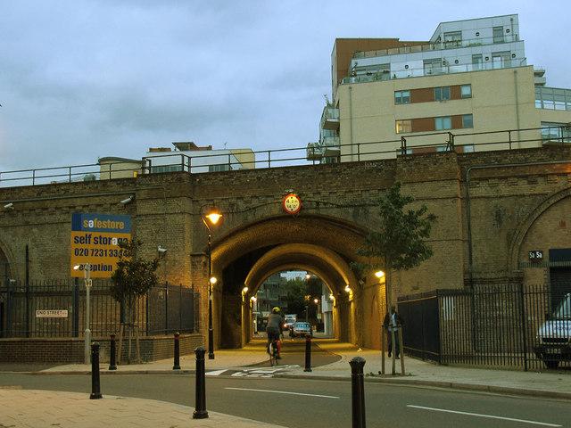 Marine Street railway bridge
