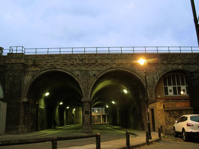 Dockley Road railway bridge