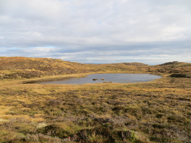 Unnamed moorland lochan below Cruach Lagain