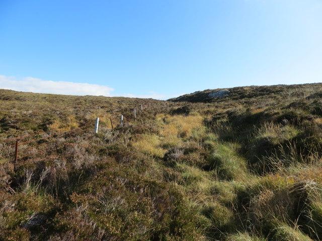Fenceline on the moor below Cruach na Machrach