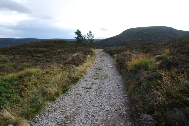 Hill track to Braemar