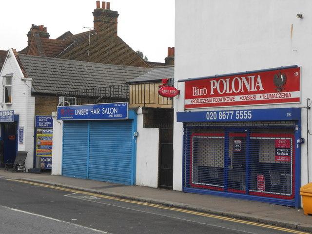 Estreham Road: Polish and English small businesses