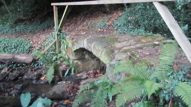 Stone Footbridge on public Footpath GL31 Sandford