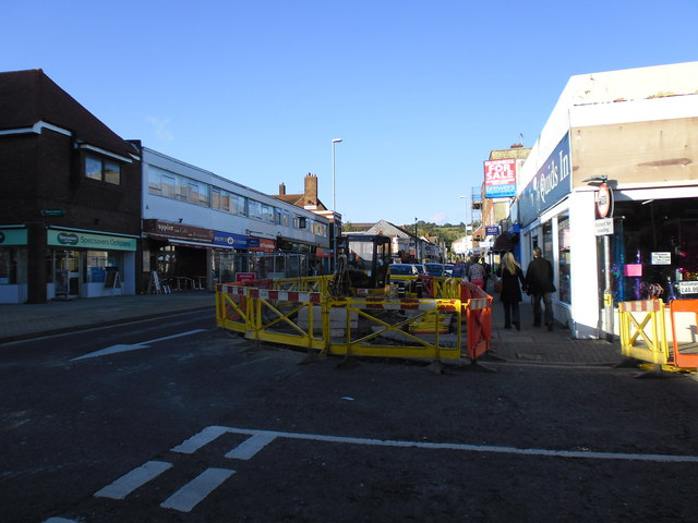 Another Hughie Green moment in Cosham High Street (c)