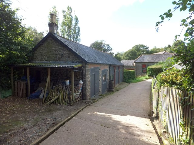 Outbuildings near Coombe House (1)