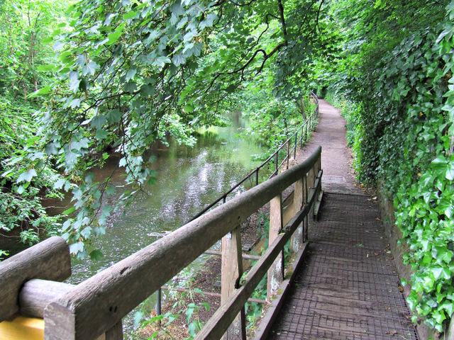 Path by the Water of Leith