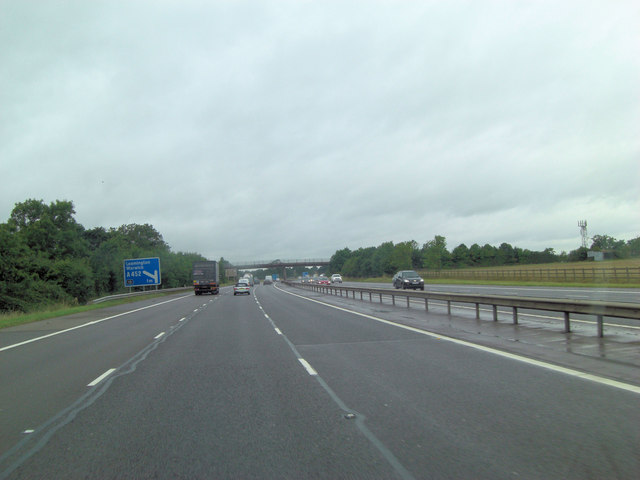 M40 north of Hogbrook Farm