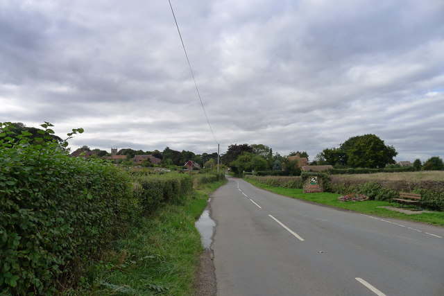 Thorpe Road entering Harthill