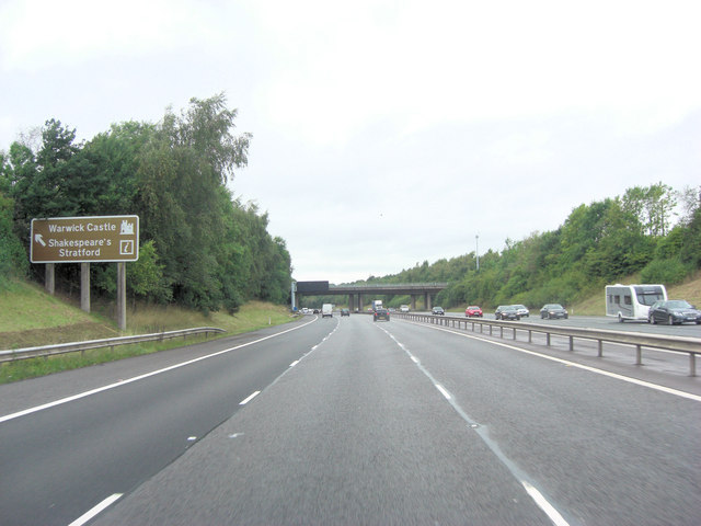 M40 northeast of Garden Close Farm