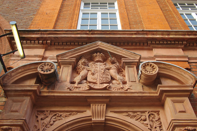 Royal coat of arms in terra-cotta, George Street