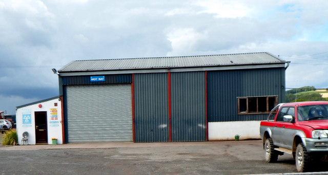 Hinton Cross Garage, Hinton