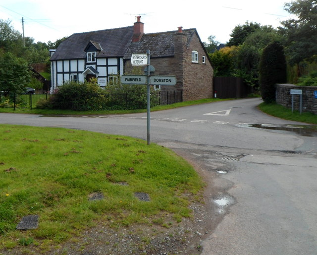 Hinton Cross, Hinton