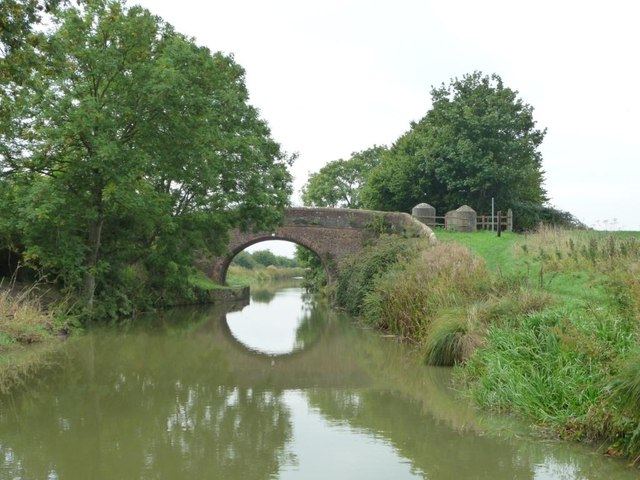Woodborough Fields Bridge [no 122]