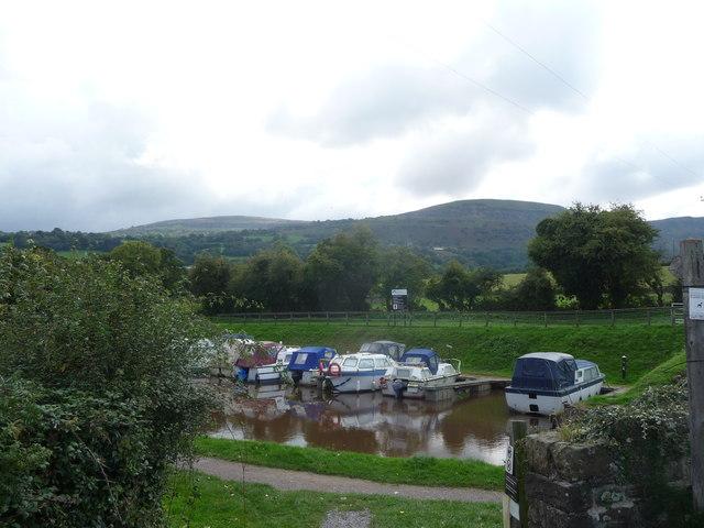 Part of the Mon. & Brec. canal at Llangattock