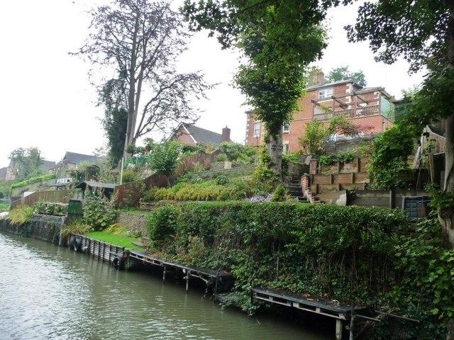 Canalside back garden terraces, Devizes