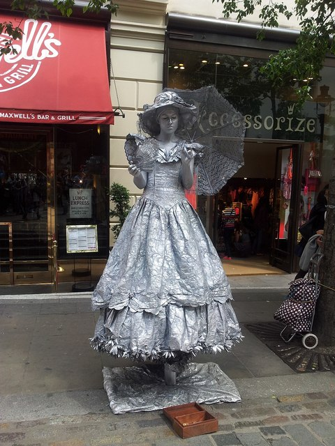 Living Statue - Silver