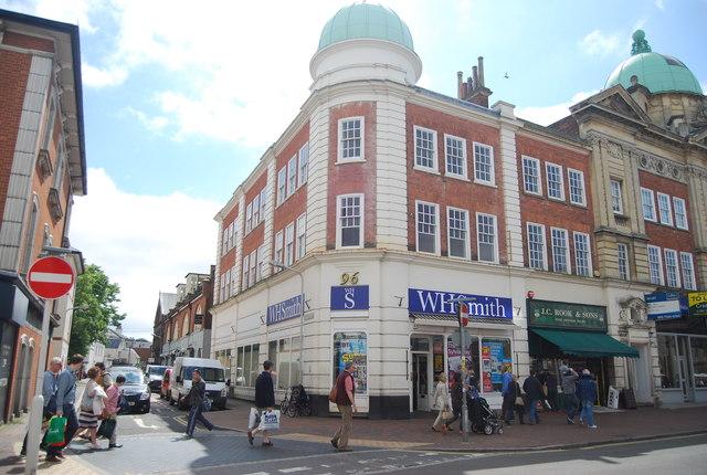 WH Smith, Grosvenor Rd