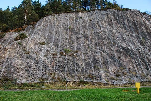 Rock stabilising