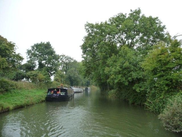 'Fat narrowboat' moored between bridges 134 and 133
