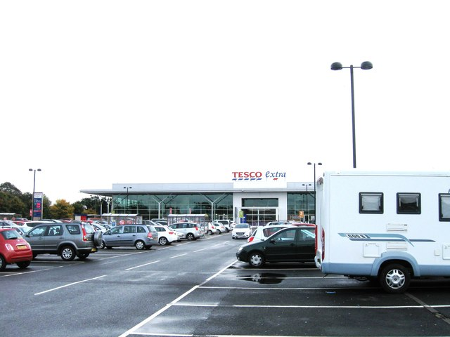 Tesco express at Kingsway Retail Park