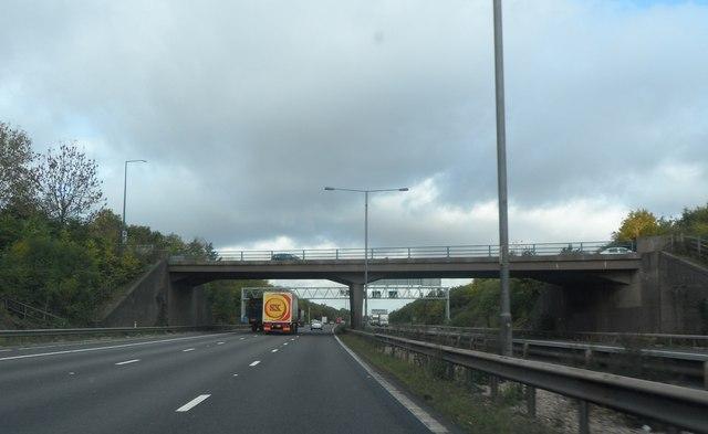 The B4114 crosses the M6