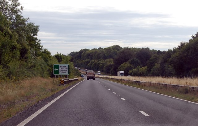 A303 approaching junction for Thruxton