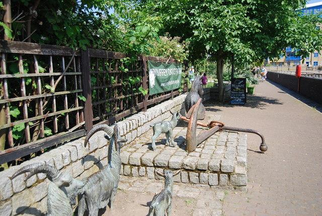Statues, Surrey Docks Farm