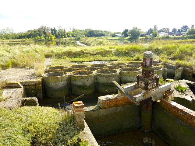 Oare Creek Salt Lagoons Sluice