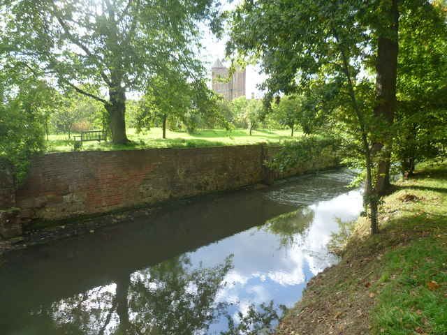 The moat and Sissinghurst Castle