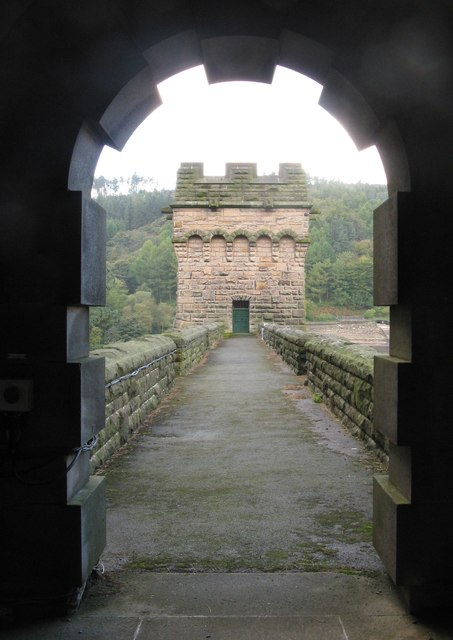Dam wall at Derwent reservoir