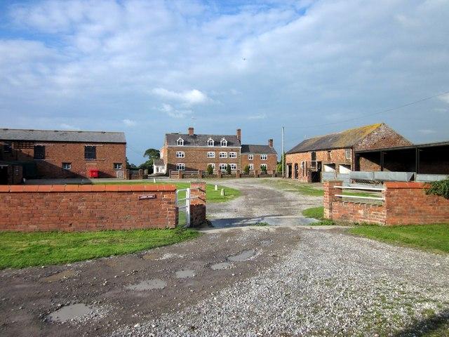 Lower Farm, Isycoed