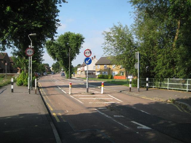 Harold Hill: St Neot's Road