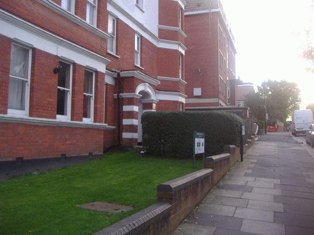 Ravensdale Mansions on Haringey Park
