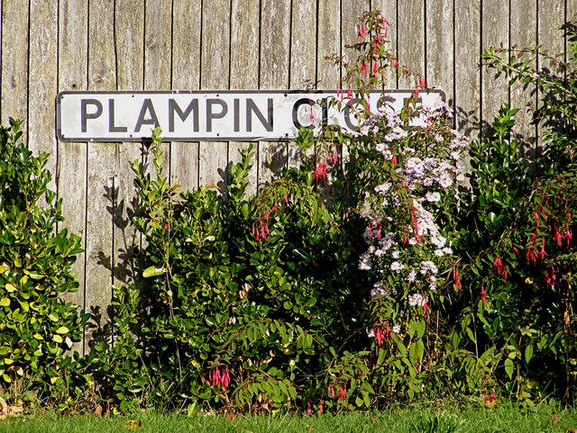 Plampin Close sign