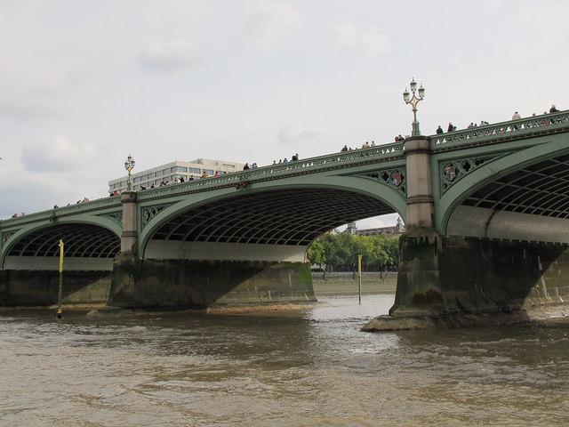 Westminster Bridge at low tide